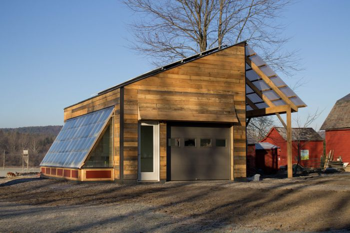solar-garage-college-students