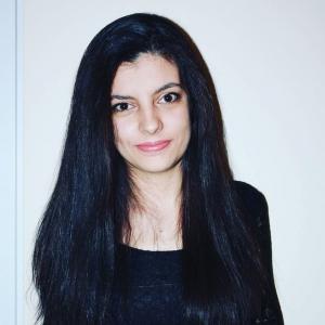 Карина Дикова
